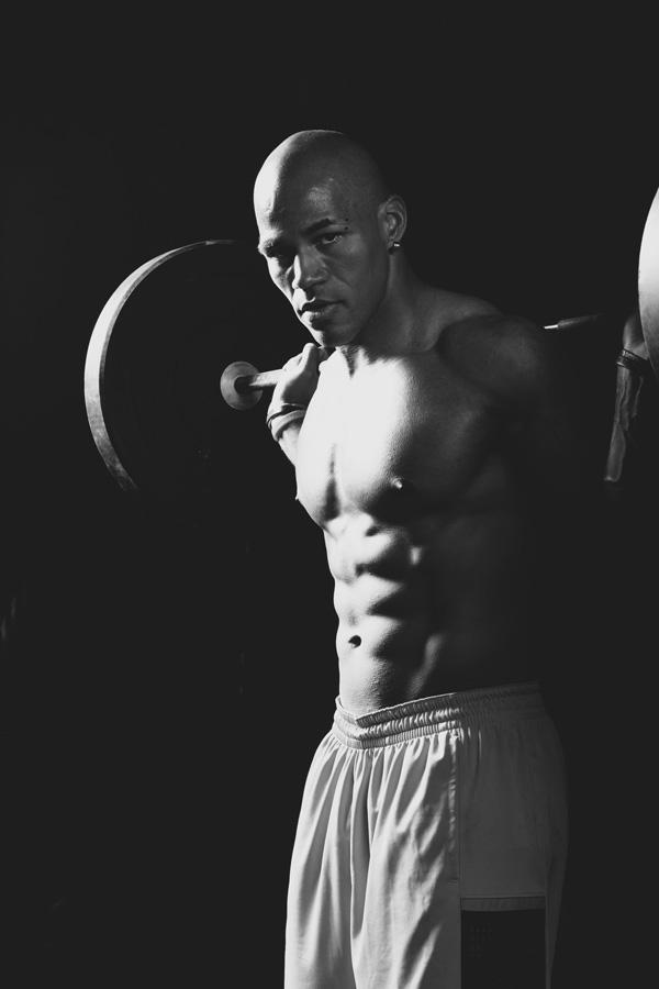 fitness-model-harold_kyle-weber_NC8O0473