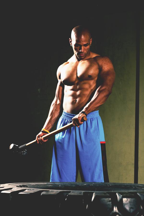 fitness-model-harold_kyle-weber_NC8O0500